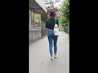 Sporty whore got great butt in jeans 03.06.2020. candid