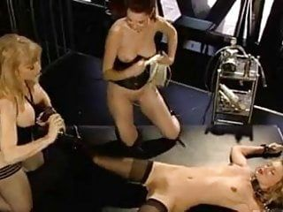 Lesbo sadomasochism suction play