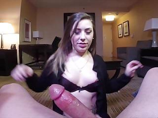 Sexy beauty with an wazoo str8 from heaven teases some dude